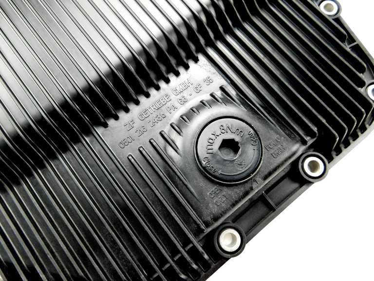 orig zf getriebe lwanne automatikgetriebe bmw e90 e91. Black Bedroom Furniture Sets. Home Design Ideas