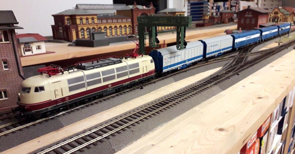 Güterverkehr zum Jahresanfang Eigenemoba2020-12xmasyxj0y