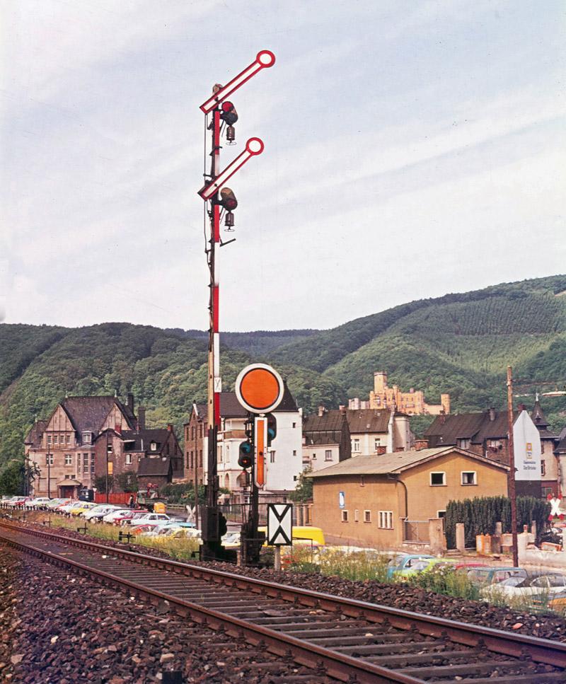 https://abload.de/img/einfahrsignalxbahnhofq9k4u.jpg