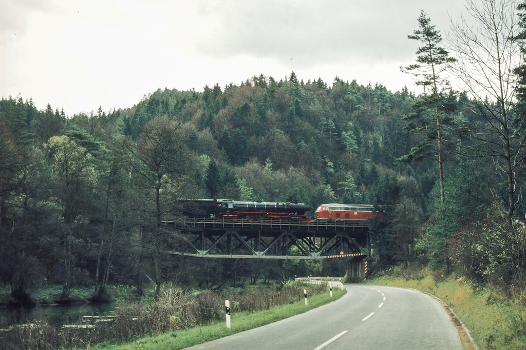 https://abload.de/img/eisenbahn_pegnitztal_svkex.jpg
