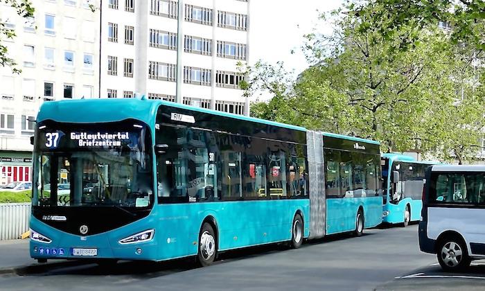 elektrobus472irisbusl9ck0z.jpg