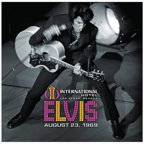 ELVIS LIVE AT THE INTERNATIONAL HOTEL Elvis-live-at-the-int9jkt1