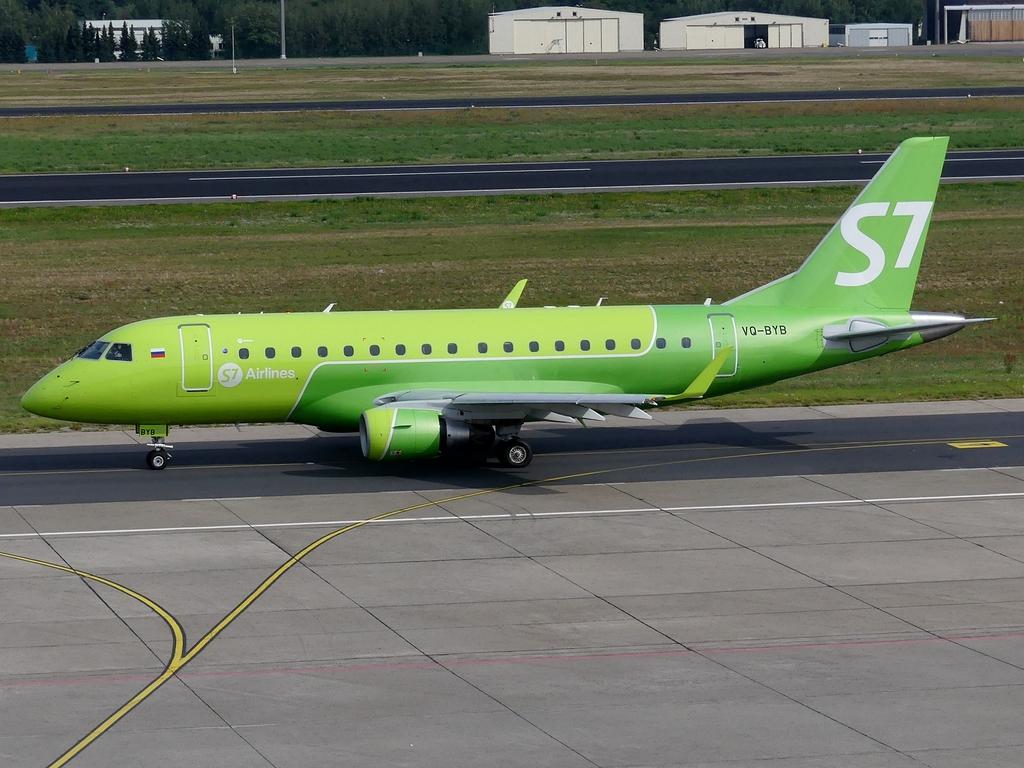[Bild: embraeremb-170sus7airh5jvl.jpg]