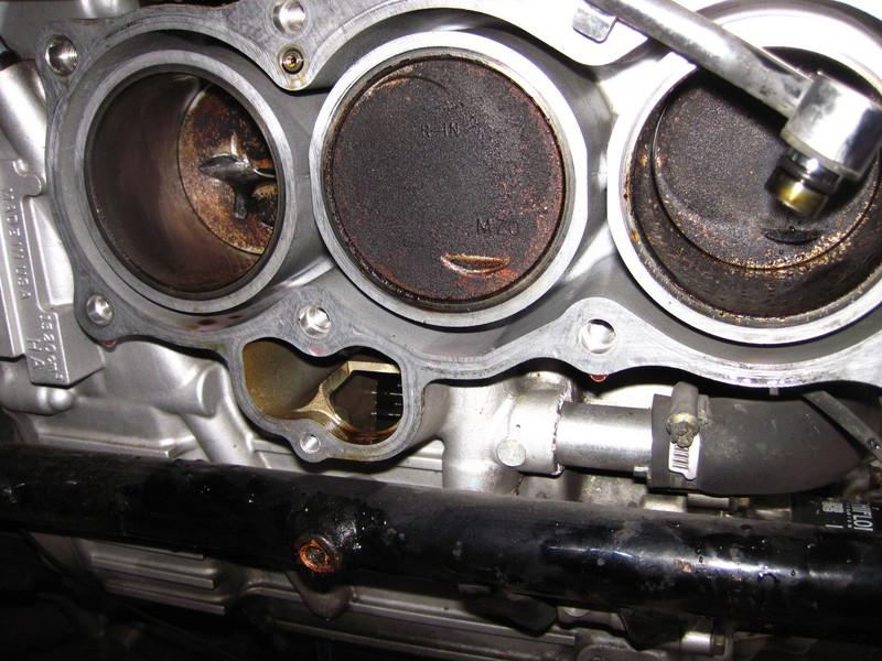 f6c1139rechtemotorseicoj75.jpg