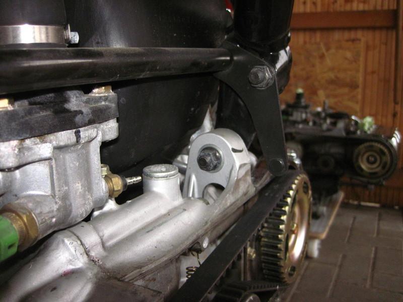 f6c1397motorhalterlinssj89.jpg