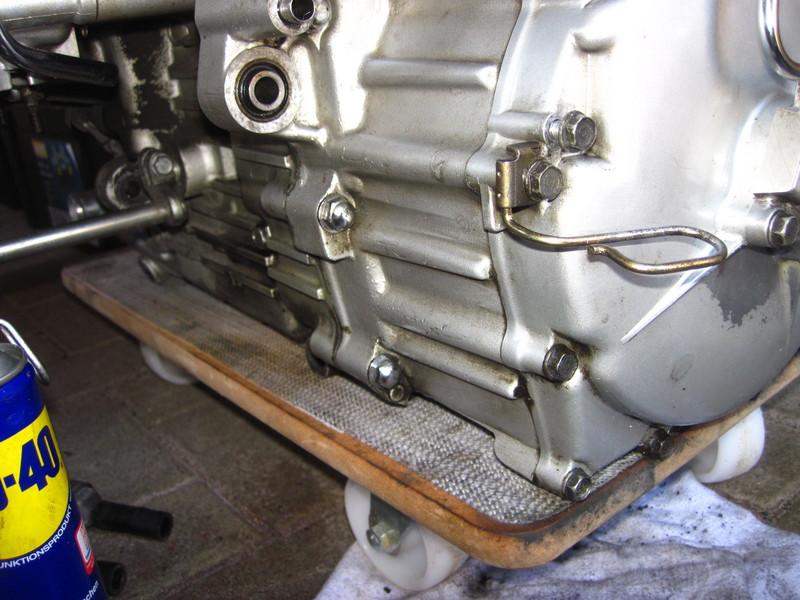 f6c1444motorhintenlin3uje0.jpg