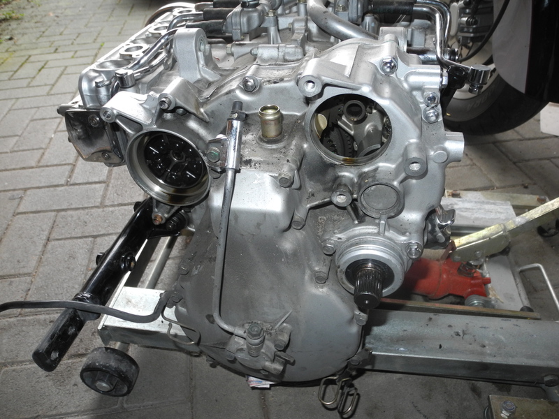 f6c8843motorvonhintenwsk0r.jpg