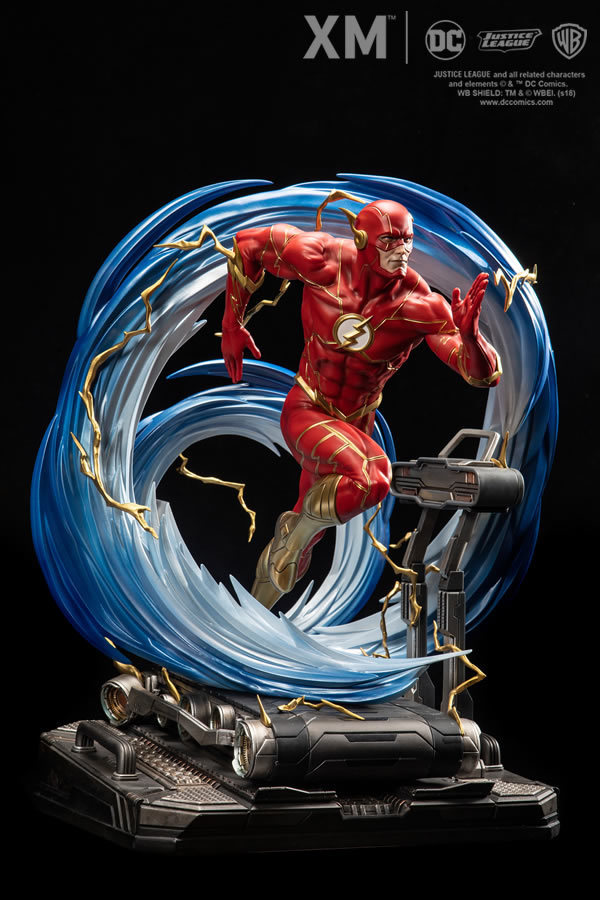 Premium Collectibles : JLA Flash 1/6**   Flash003q7jxp