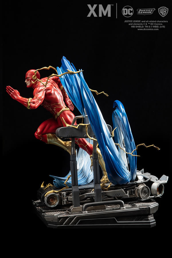 Premium Collectibles : JLA Flash 1/6**   Flash008y2j6t