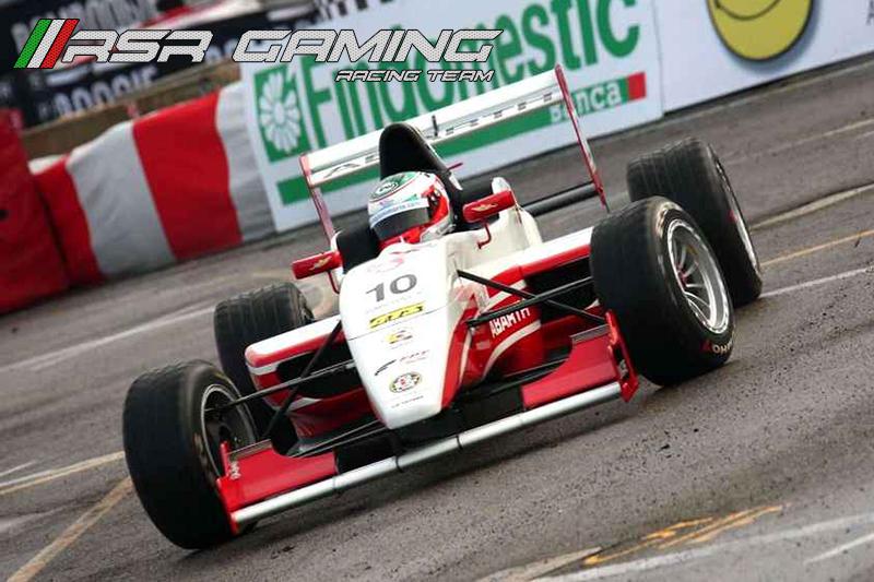 http://abload.de/img/formula4-fia-motore-aoiu7w.jpg