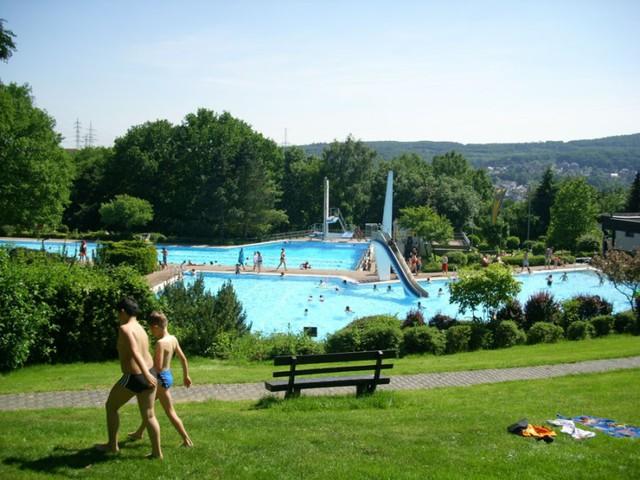 Waldschwimmbad Niedernhausen