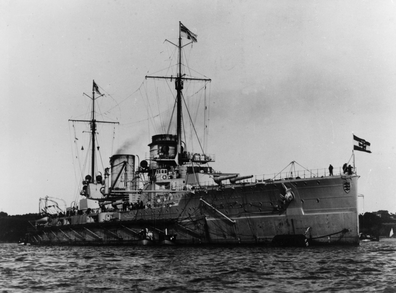 Croiseur de bataille SMS Seydlitz 1/350 Hobby Boss  - Page 3 German_battlecruiser_xdj58