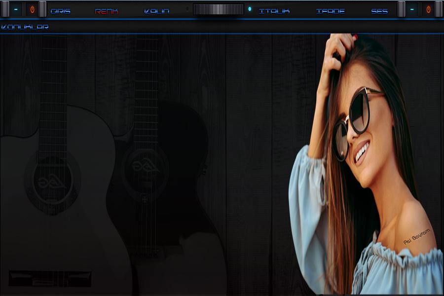 Gitarlı Mavili Bayan Tema
