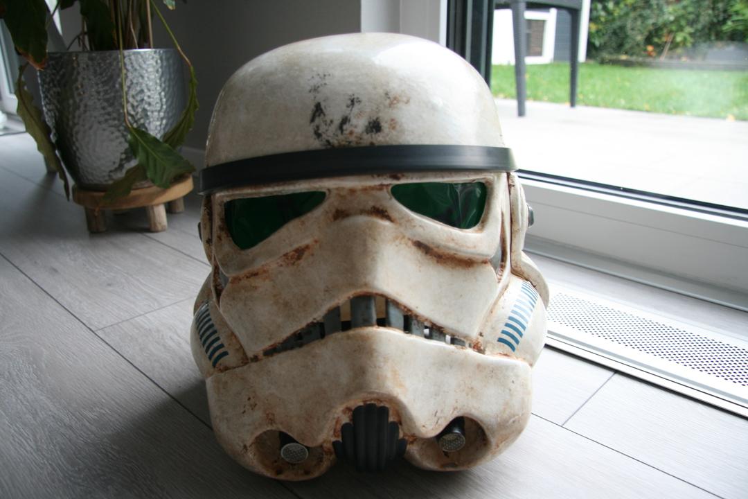 helmet011ujrb.jpg