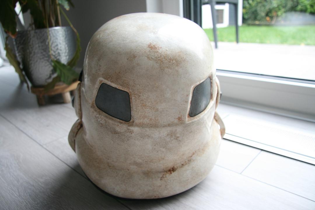 helmet0300jd5.jpg