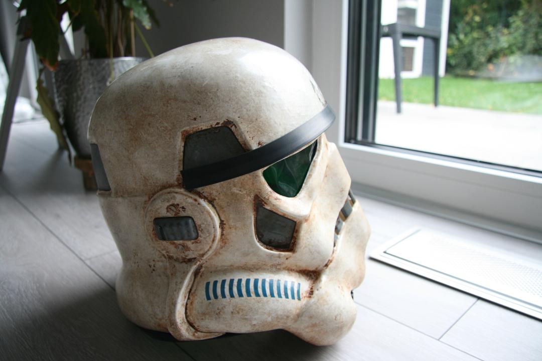 helmet04z0kgz.jpg