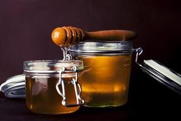 honey-823614_640r8s60.jpg