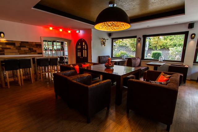 Engel Hotel - Grill und Bar