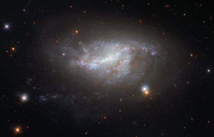 01-MAJ 2017. HABLOVA SLIKA NEDELJE Hubble1dij59