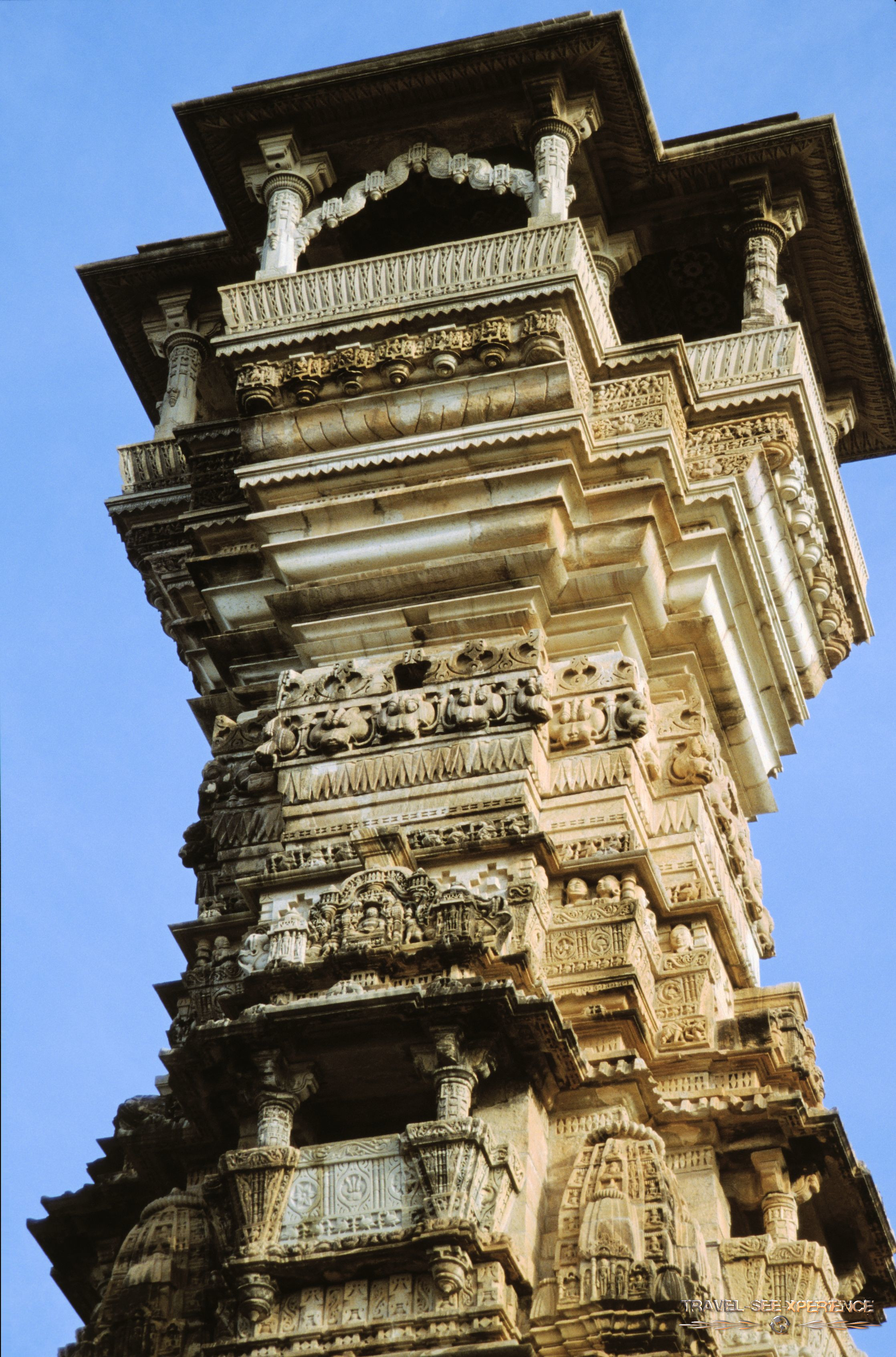 Siegesturm der Jainas Kirti Stambha