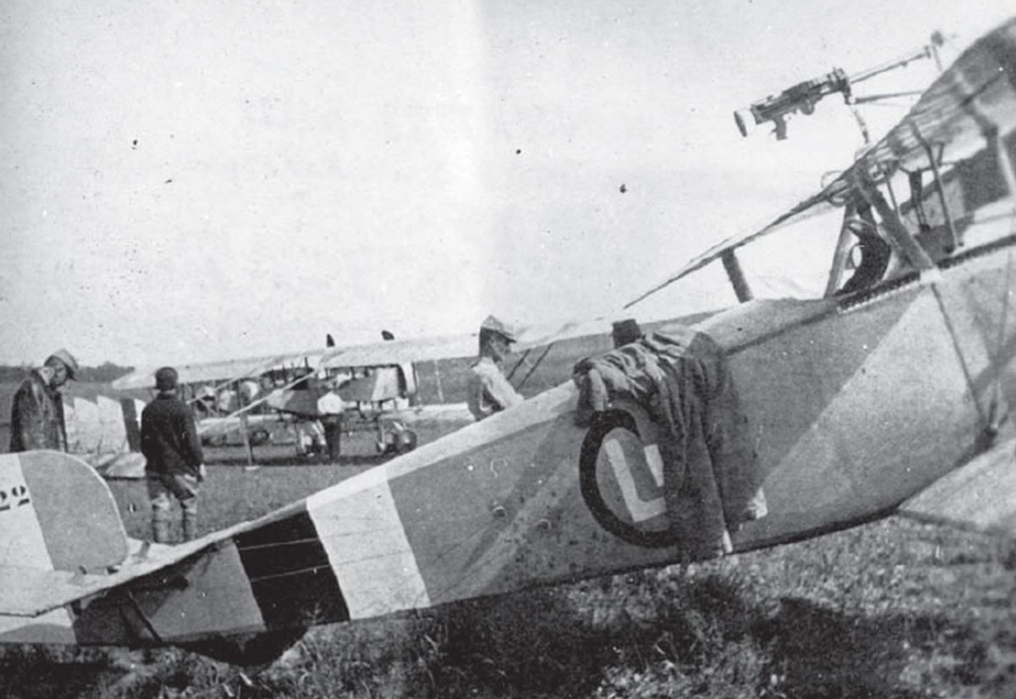 Couleur des Nieuports de la serie 1100/1200 pas camouflée Image