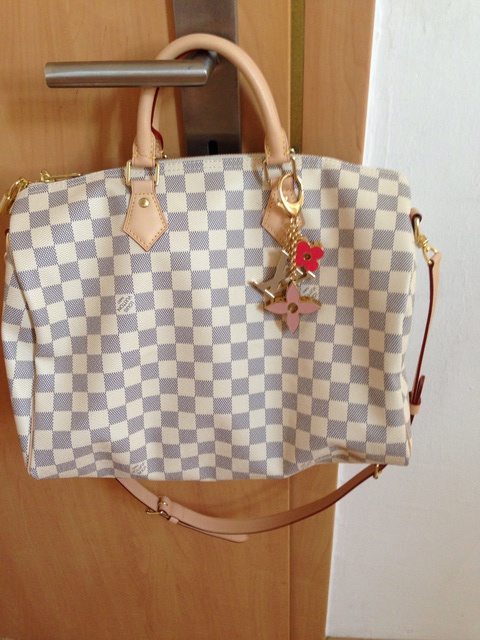 c47ee86ddac03 Louis Vuitton Speedy Bandouliere 35   Buy   Sell - Archiv