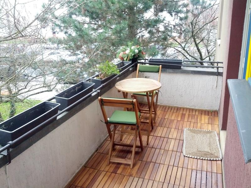 holzfliesen balkon teak kreative ideen f r innendekoration und wohndesign. Black Bedroom Furniture Sets. Home Design Ideas