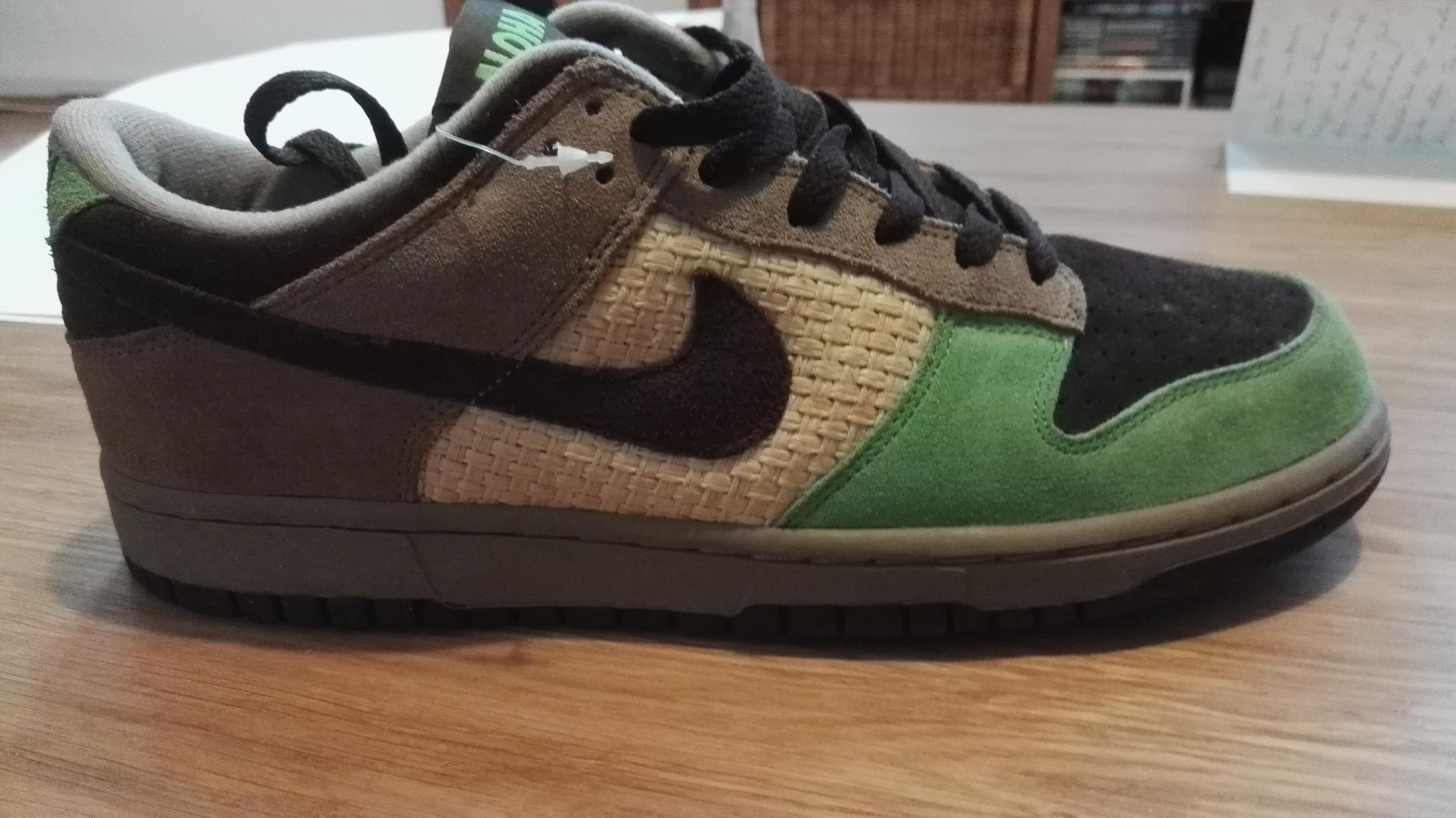 buy popular 75f1d 9e003 Legit check Nike Dunk Low Aloha  NikeTalk