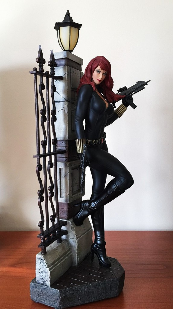 Premium Collectibles : Black Widow - Comics version - Page 5 Img_3243_zps8qxy8qku.kes2p