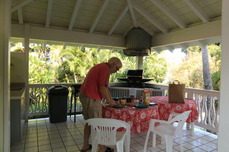 Außenküche Mit Fünf Buchstaben : Big island retreat in kona