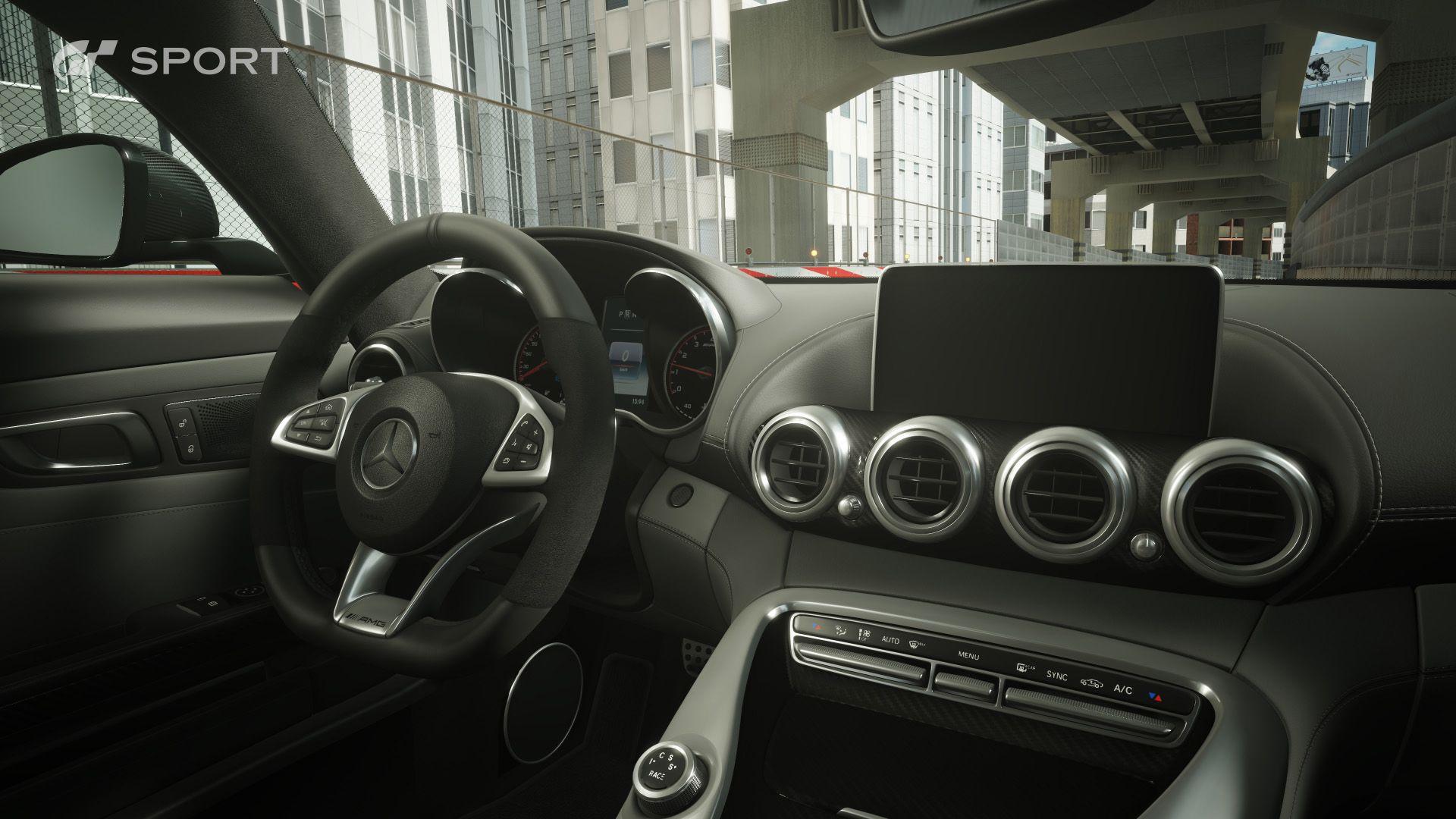 interior_mercedes_amg8suhl.jpg