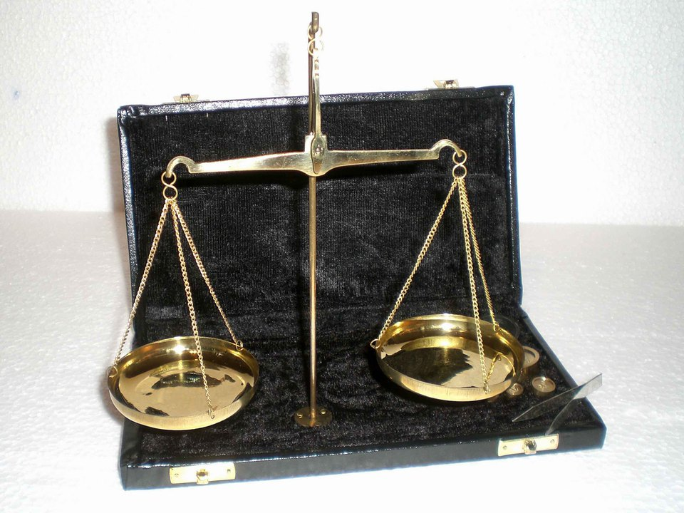5 Apotheker-Gewichte Messinggewichte 5-200 g Apothekergewichte Waage