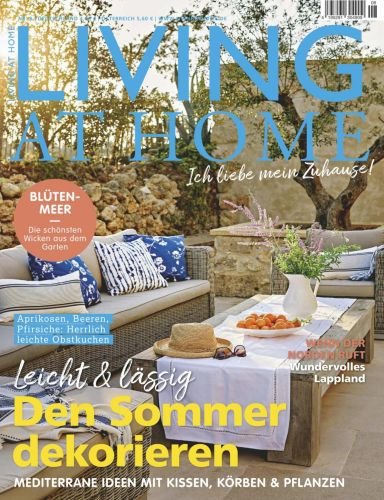 Cover: Living at Home Magazin No 08 August 2021