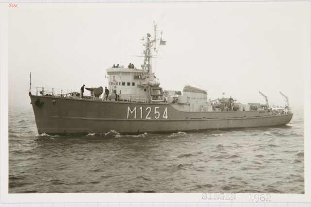 Démineur Mercure classe de la Federal Navy 1: 250 M1254siegennujh8