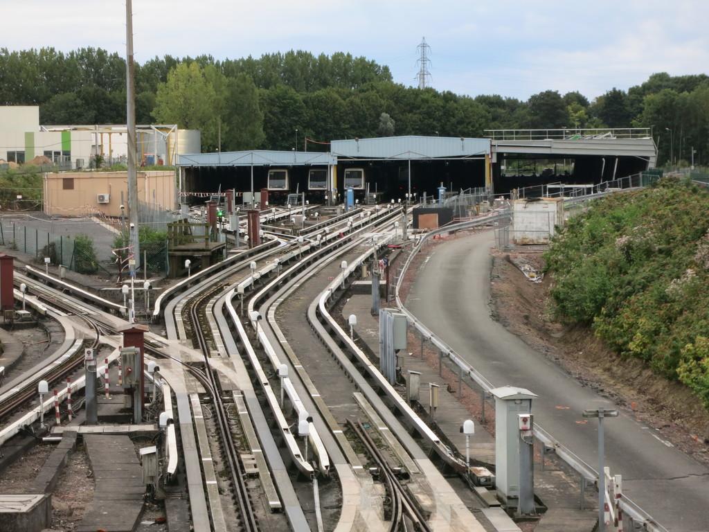 FR] Tram+VAL Tour de France 1: Lille   RailroadForums com