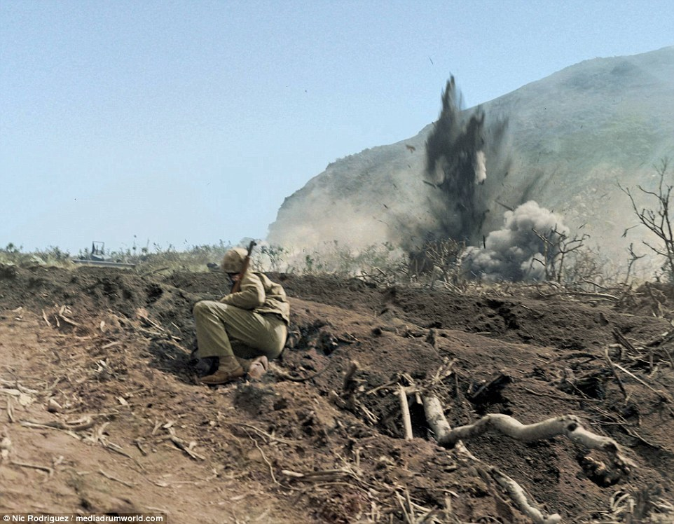la bataille d'Iwo jima Marineiwojimar5k30