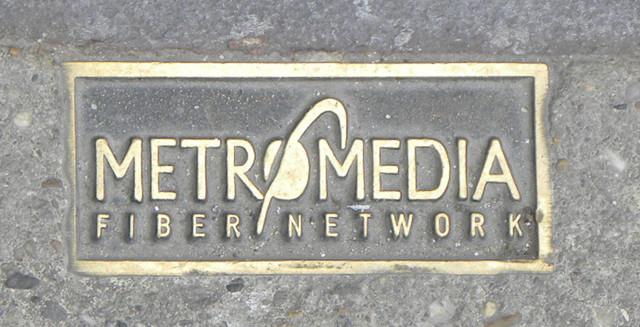 metromedia_2pyjsm.jpg
