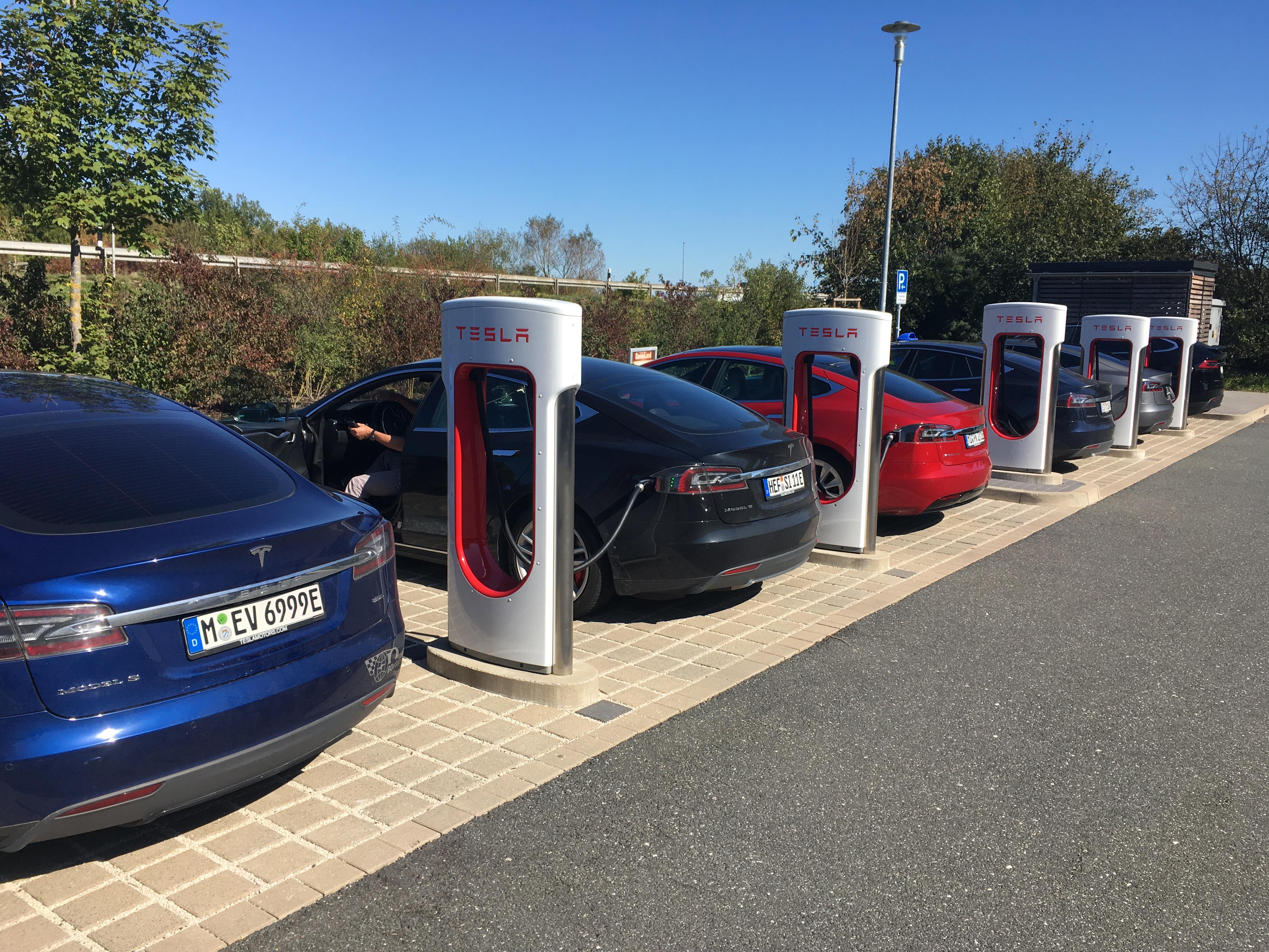 Hyundai Ioniq vs  Tesla Model 3 - Seite 3 - IONIQ - Allgemeine