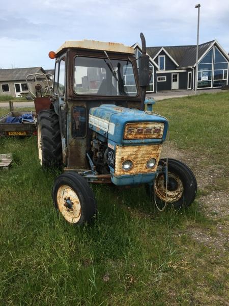 Traktor für Fischerei  Mobile.170kxt