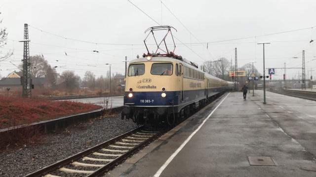 110 383-7 RE78 Einfahrt Minden (Westf)