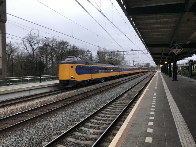 NL-NS 94 84 4384041-8 IC 1661 Deventer