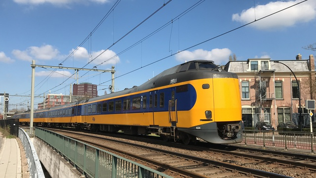 NL NS 94 84 4 398 224-4 IC 1746 Almelo