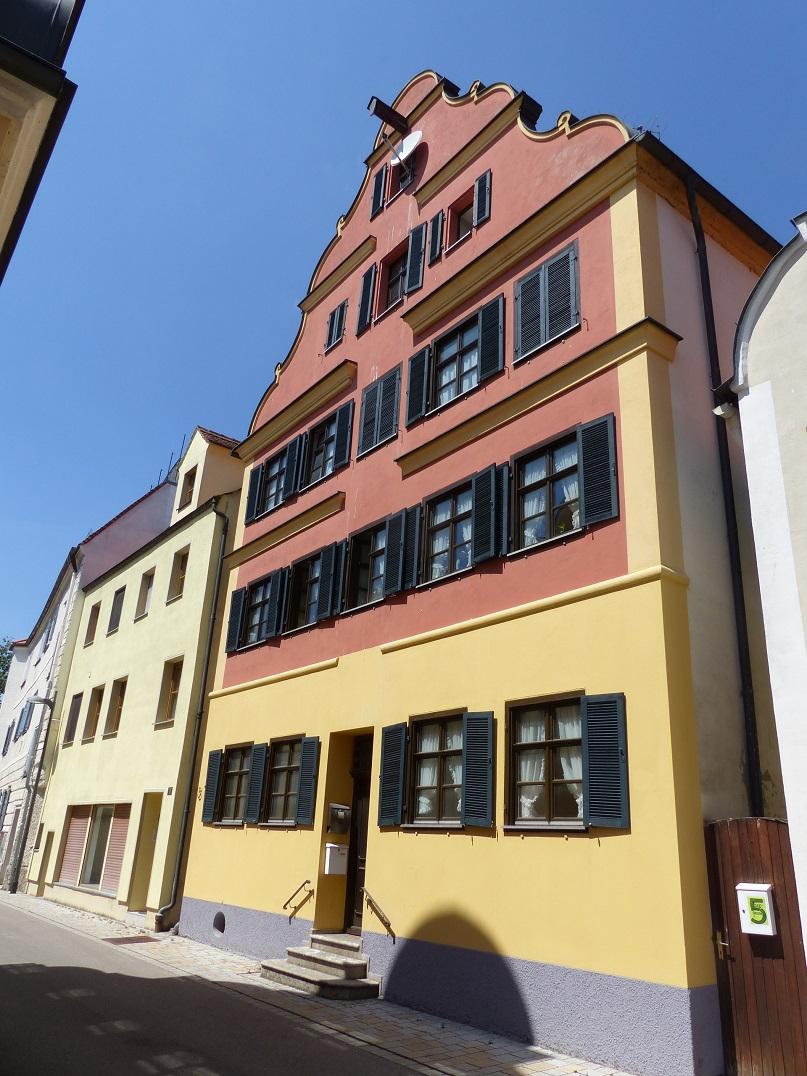 oettingen57_p1780699_9dkgj.jpg