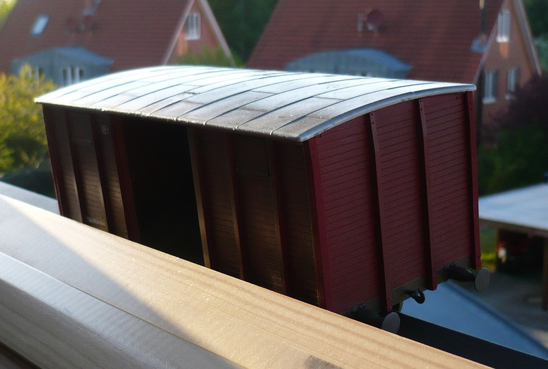 gedeckter Güterwaggon 18t in 1:35 P10807842w2jhl