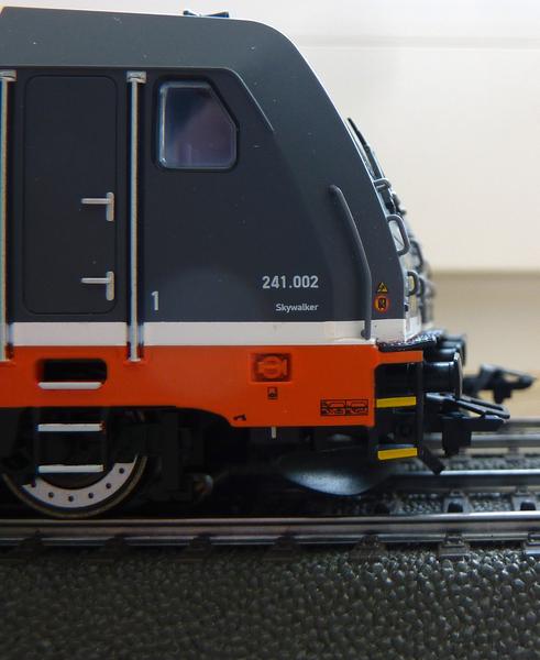 Trix 22639 185 320-9 auf AC umgerüstet P1120900huo09