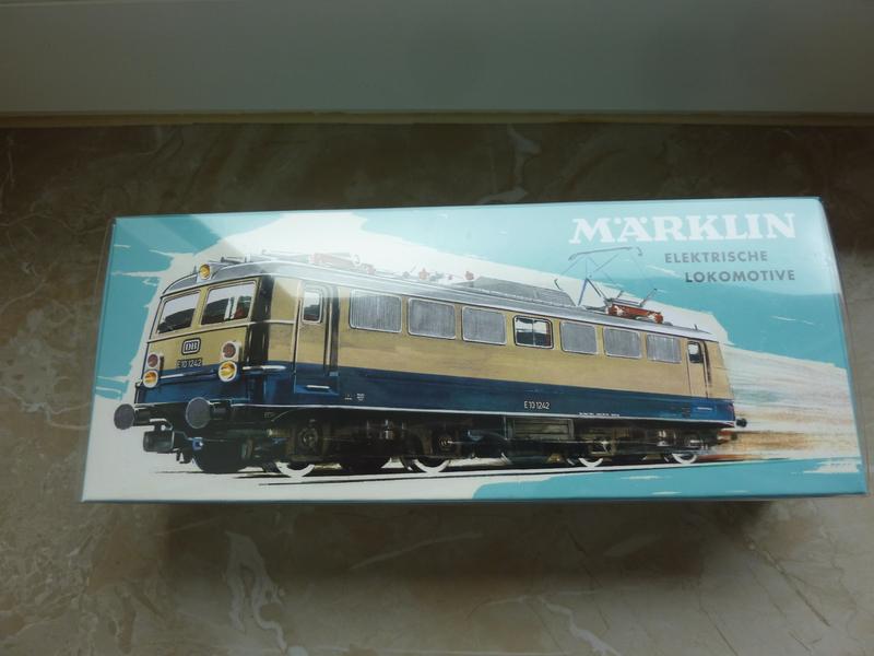 Märklin 30390 E10 1242 Rheingold
