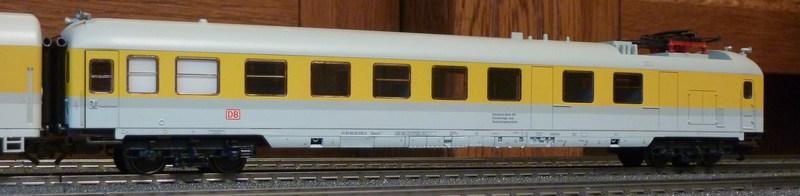 Roco 58590 111 059-2 in gelber Lackierung von DB Netz  P1180890b9j2q