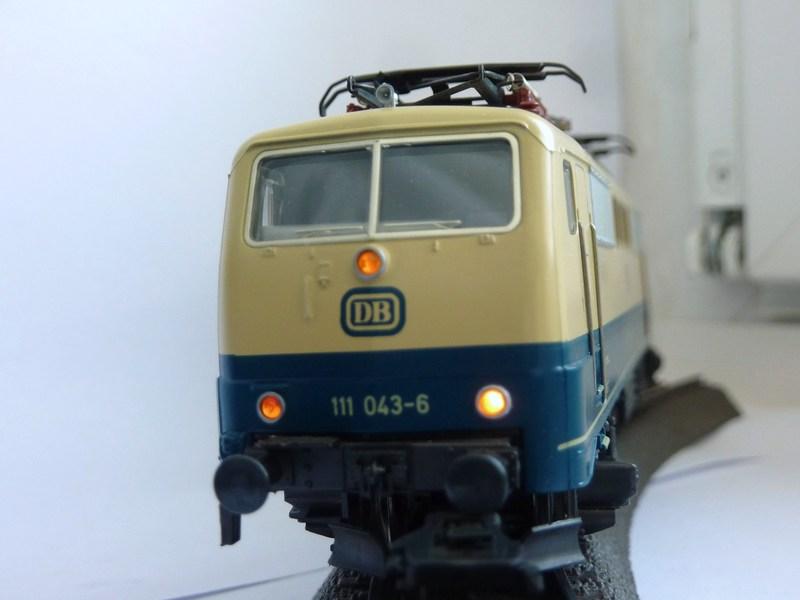 Märklin 3642 111 049-3 mit neuem Fahrwerk ausgestattet P1200177tmkxi
