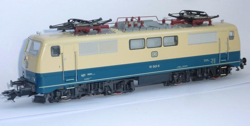 Märklin 3642 111 049-3 mit neuem Fahrwerk ausgestattet P1200181rgkk7