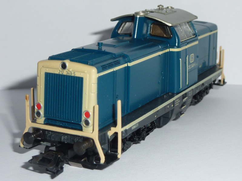 Modell der V 100.20 P1210821trjc4
